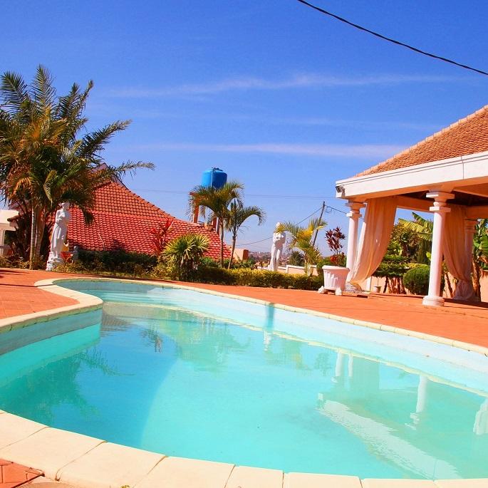 Location de villa avec piscine antananrivo