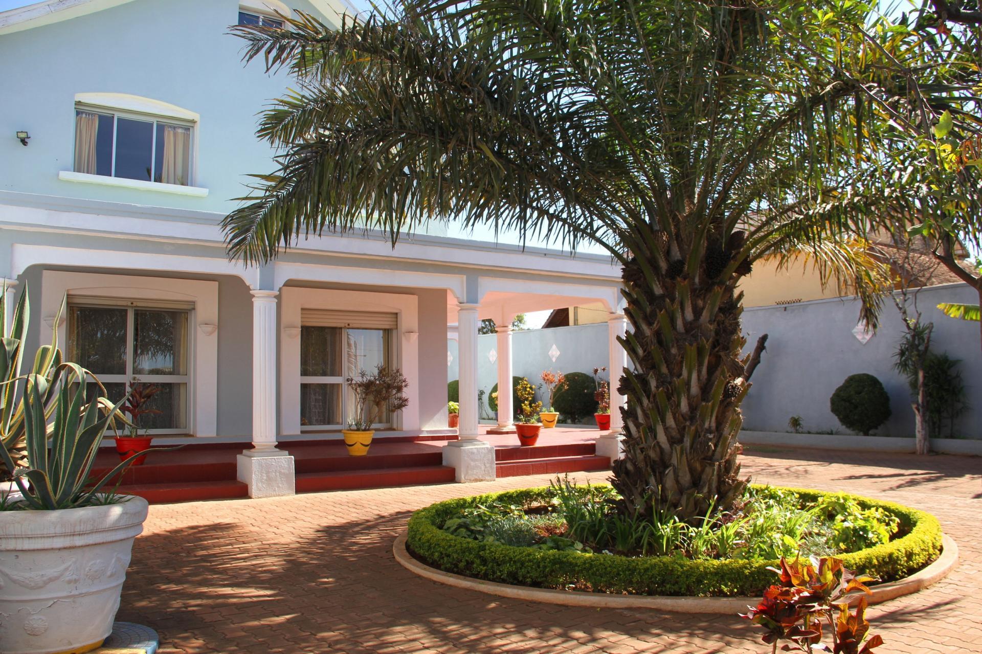 Location meublee a antananarivo 1