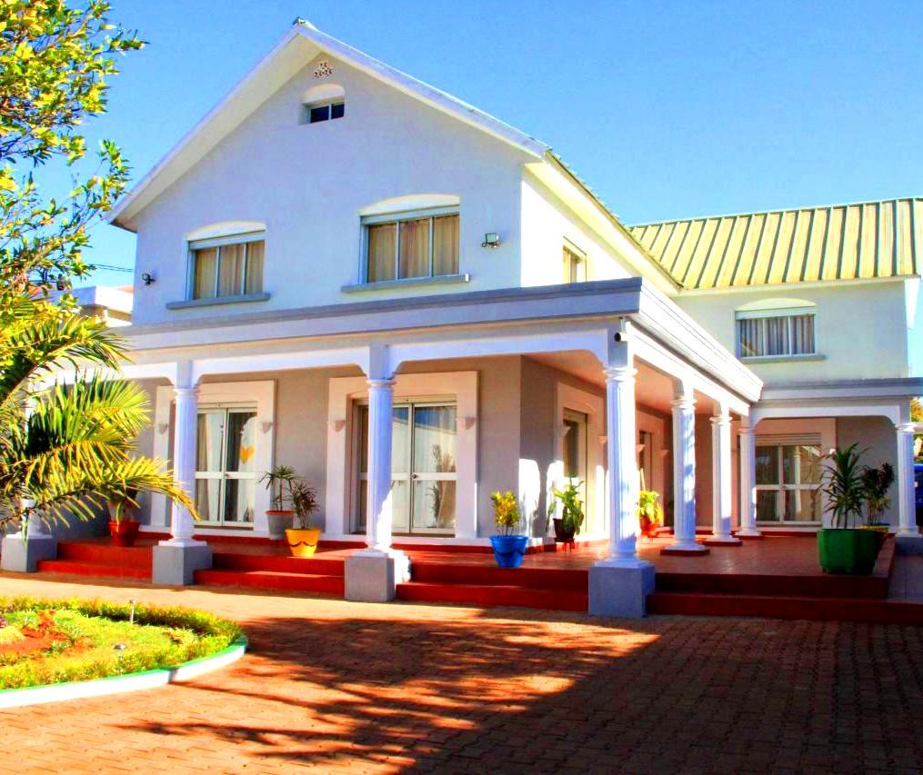 Villa tana facade principale