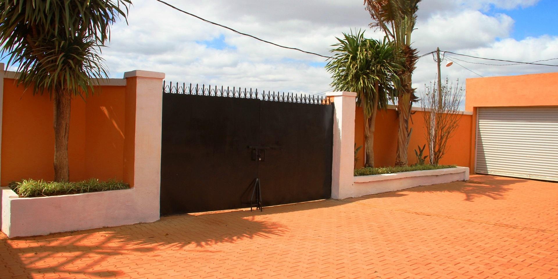 Villa tana ii 2 1